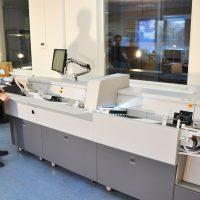 ОСГ сканерлеу орталығындағы құжаттардың кәсіби өнеркәсіптік сканері